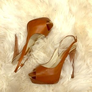 Soft leather, comfortable shoes